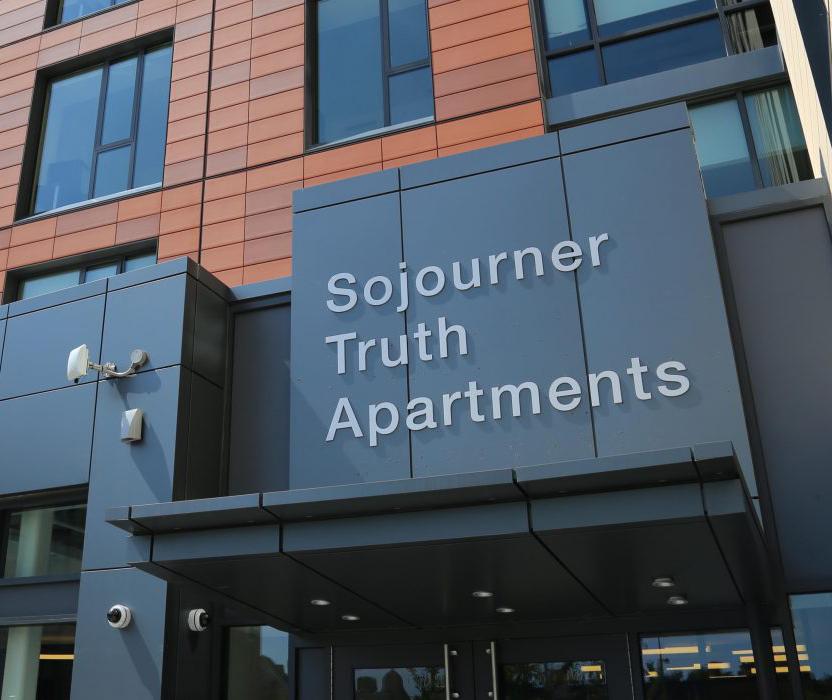 Summer House Apartments: Summer School Of Addiction Studies